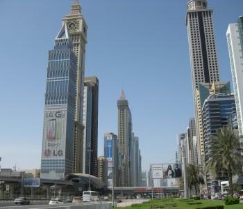 Oman-Dubai-Sheik-Zayed-Road-Heideker-Reisen