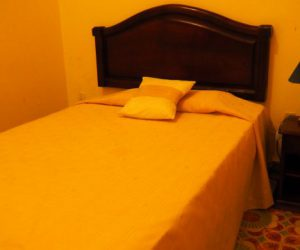 Kuba-Camaguey-Colon-Hotel-Zimmer