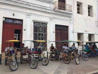 Kuba-Camaguey-Riksha-Stadtrundfahrt-Heideker-Reise