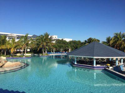 Kuba-Cayo-Santa-Maria-Starfish-Hotel-Pool-Heideker-Reisen