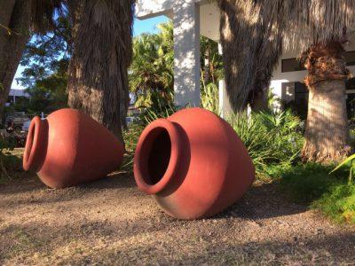 Kuba-Cienfuegos-Wasserkrüge-Heideker-Reisen