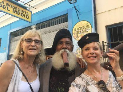 Kuba-Havanna-La Bodeguita del Medio-Hemmingway-Bar-Heideker-Reisen
